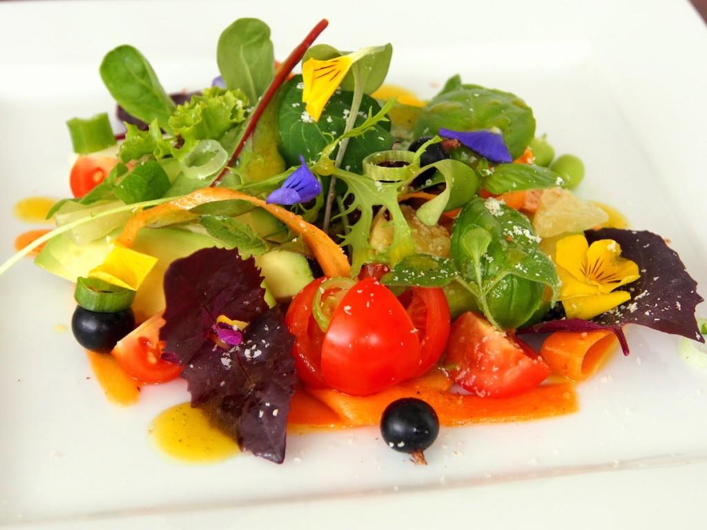 Letní salát - může se podávat
